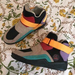 Shoes - Metroblade vintage sneakers